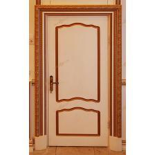 Дверь с наличником 14