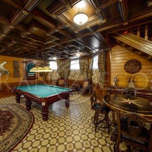 Бильярдная комната в частном доме
